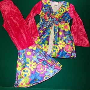 Hippie Chic Back to The 60's Costume for Girls.